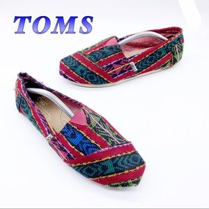 Toms-Multi Colored Tribal Red Canvas Slip on 6.5